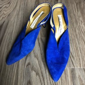 Via Spiga suede pointy toe heels made in Italy